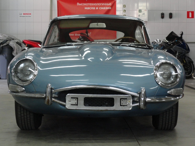 Jaguar E-TYPE 1963 5